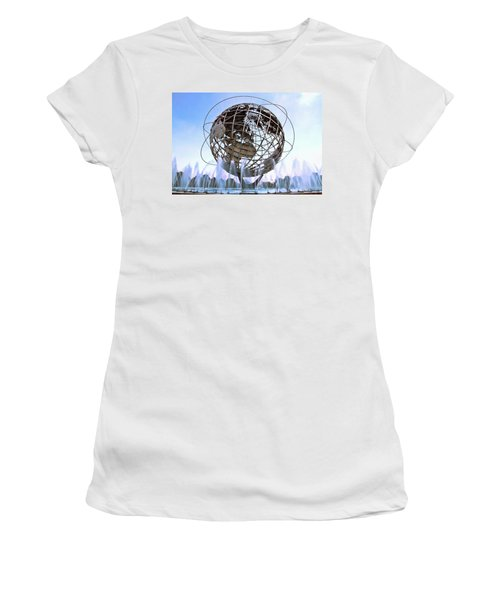 Unisphere With Fountains Women's T-Shirt