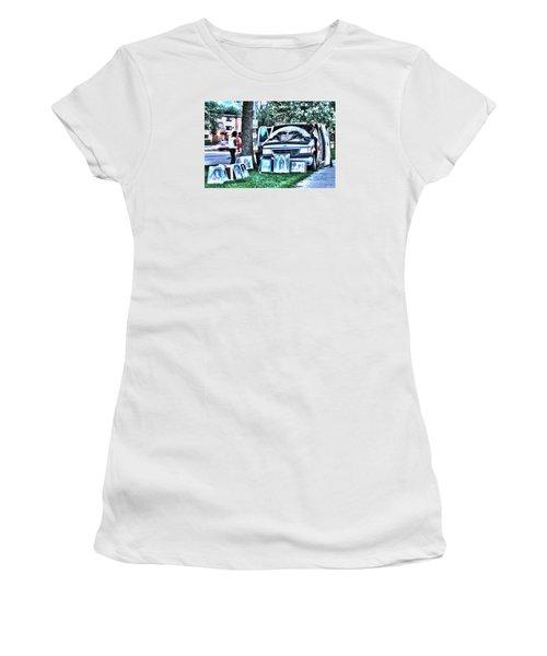 Van Art Women's T-Shirt