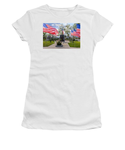 Veterans Monument Camarillo California Usa Women's T-Shirt