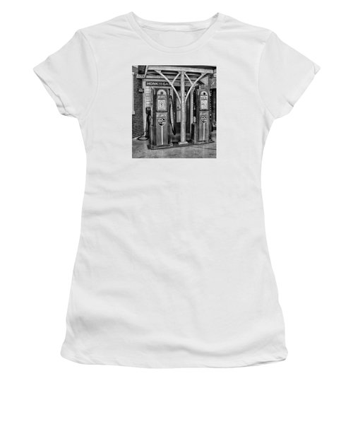 Vintage Gas Station Bw Women's T-Shirt (Athletic Fit)