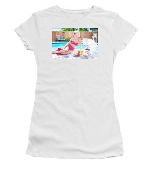 Vintage Val Poolside Women's T-Shirt