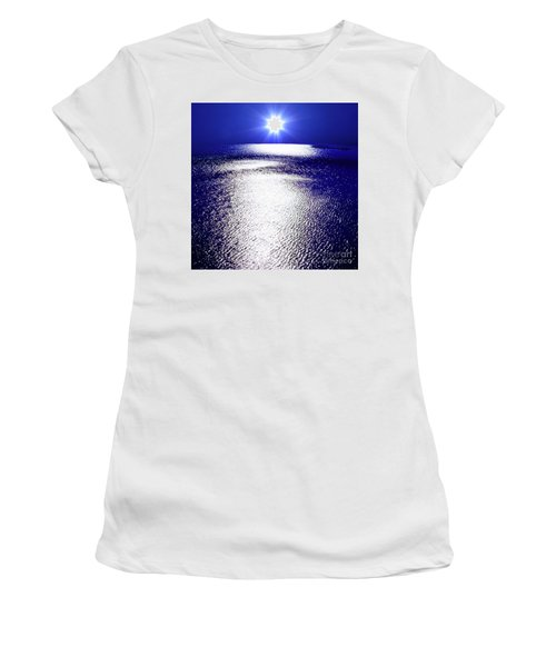 Women's T-Shirt (Junior Cut) featuring the photograph Virtual Sea by Tatsuya Atarashi