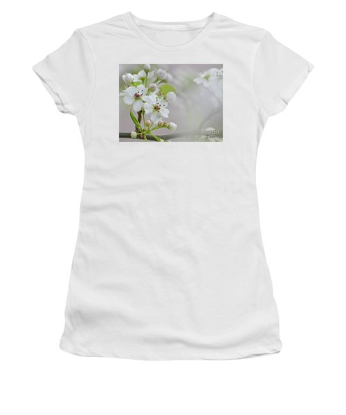 Visions Of White Women's T-Shirt (Athletic Fit)