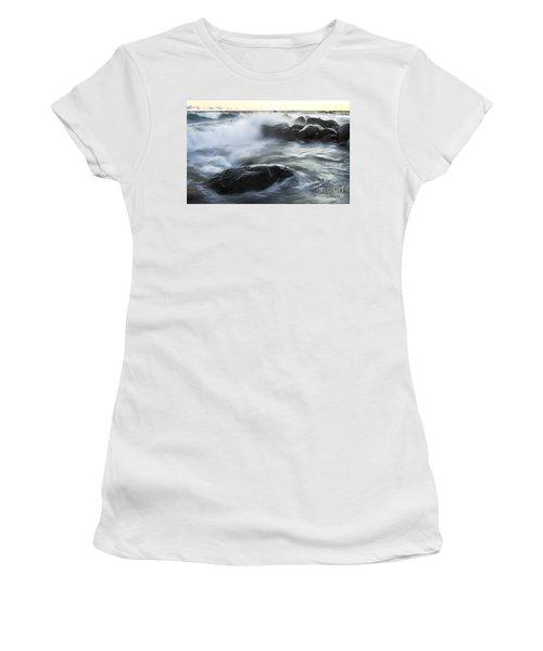 Wave Crashes Rocks 7833 Women's T-Shirt