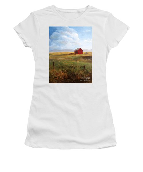 Western Barn Women's T-Shirt (Athletic Fit)