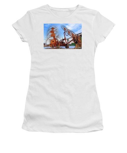 Wheel Rake Upside Down 2 Women's T-Shirt (Athletic Fit)