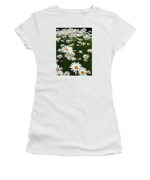 Wild Daisies Women's T-Shirt (Athletic Fit)