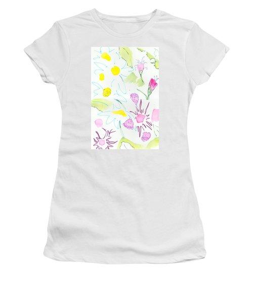Wild Daisies Pattern Women's T-Shirt