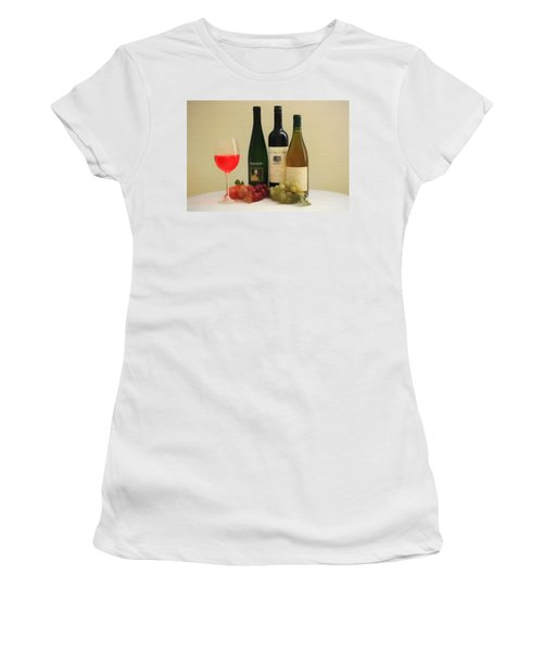 Wine Display Barn Door  Women's T-Shirt (Junior Cut) by Dan Sproul