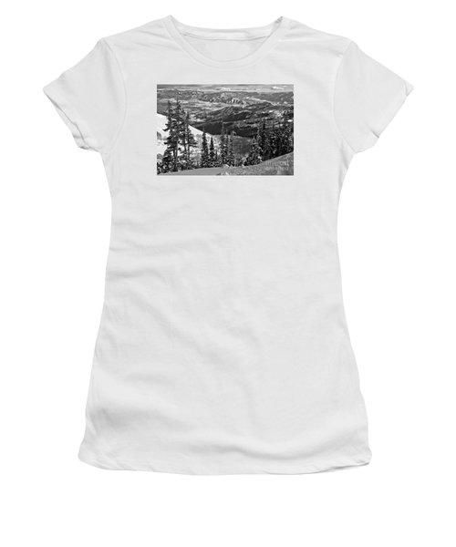 Winter Views At Brighton Black And White Women's T-Shirt