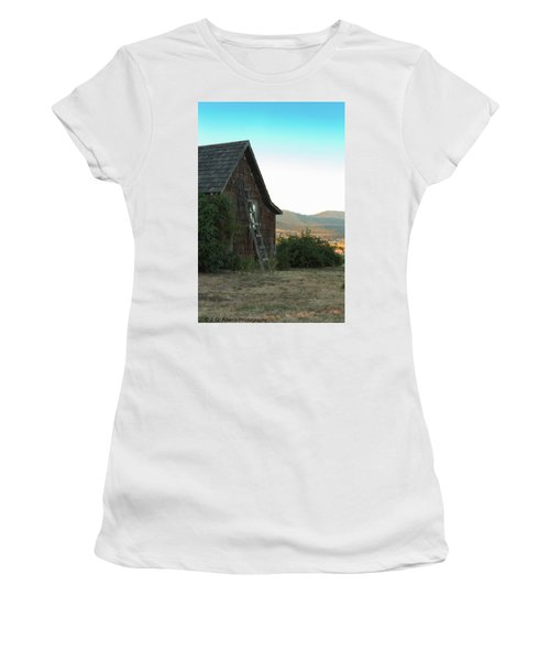 Wood House Women's T-Shirt (Athletic Fit)