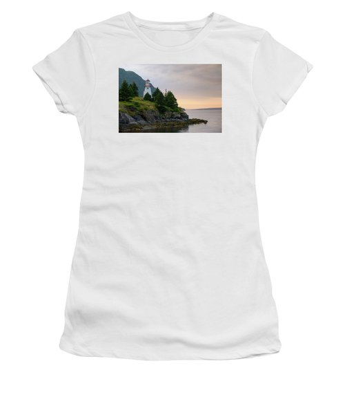 Woody Point Lighthouse - Bonne Bay Newfoundland At Sunset Women's T-Shirt