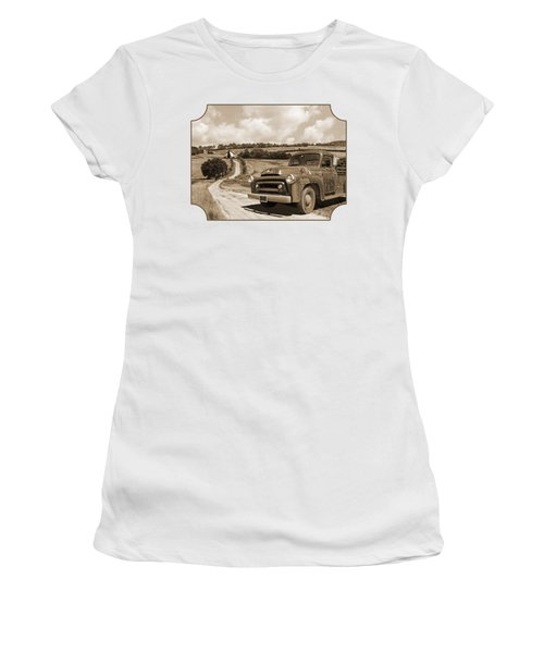 Down On The Fram - International Harvester In Sepia Women's T-Shirt
