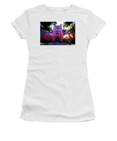 Yale Women's T-Shirt (Athletic Fit)