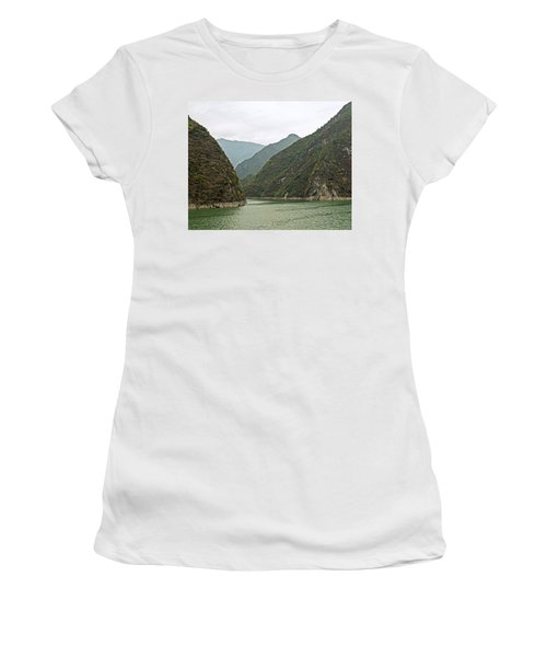 Yangtze Gorge Women's T-Shirt (Athletic Fit)