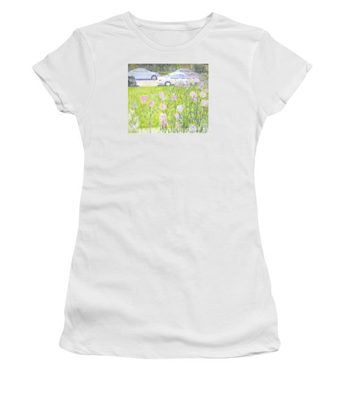 Yard Flowers  In Chicago Women's T-Shirt (Athletic Fit)