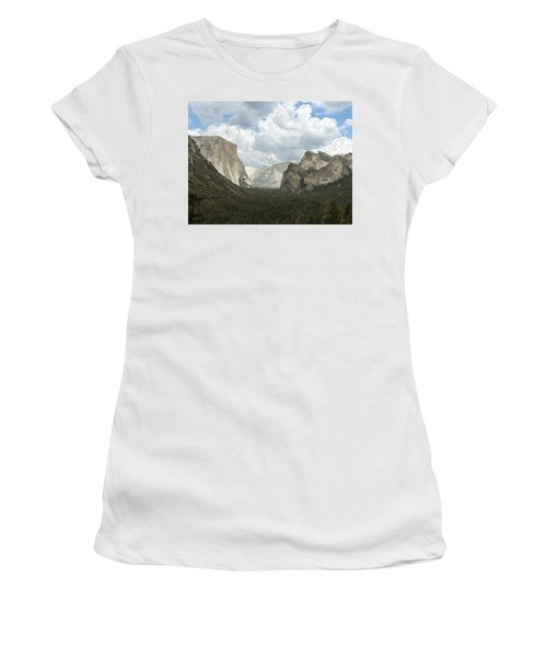 Yosemite Valley Yosemite National Park Women's T-Shirt