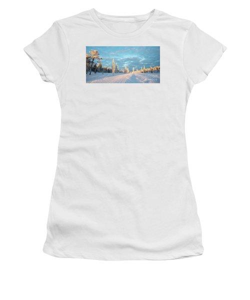 Snowy Winter Landscape Women's T-Shirt