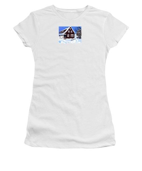 22 Hillside Avenue Women's T-Shirt