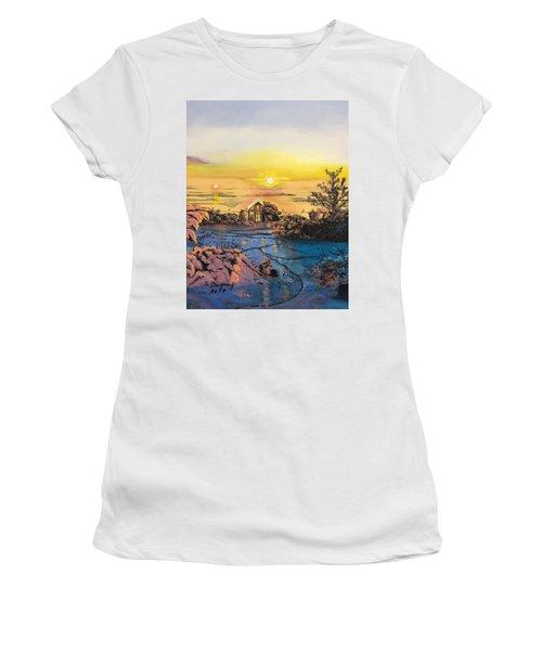 A Perfect Prairie Morning  Women's T-Shirt