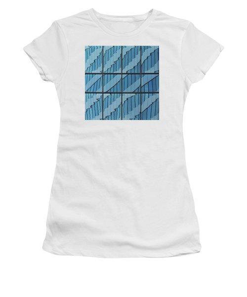 Abstritecture 39 Women's T-Shirt