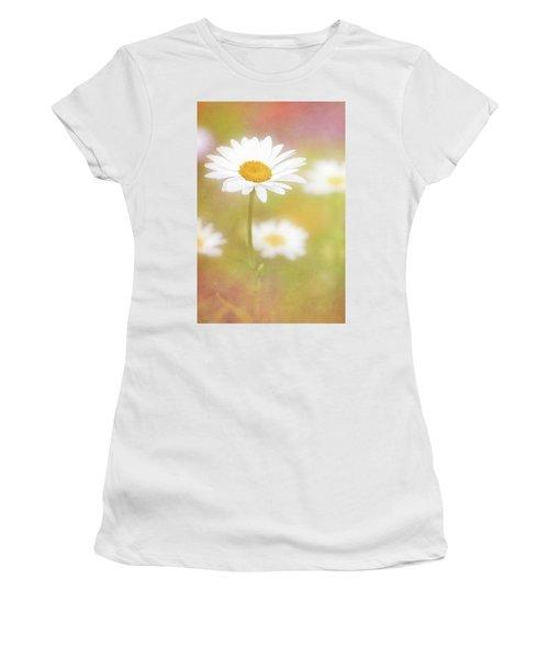 Delightful Daisy Portrait Women's T-Shirt