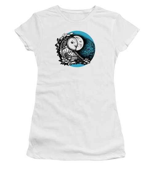 Barn Owl And The Moon Women's T-Shirt