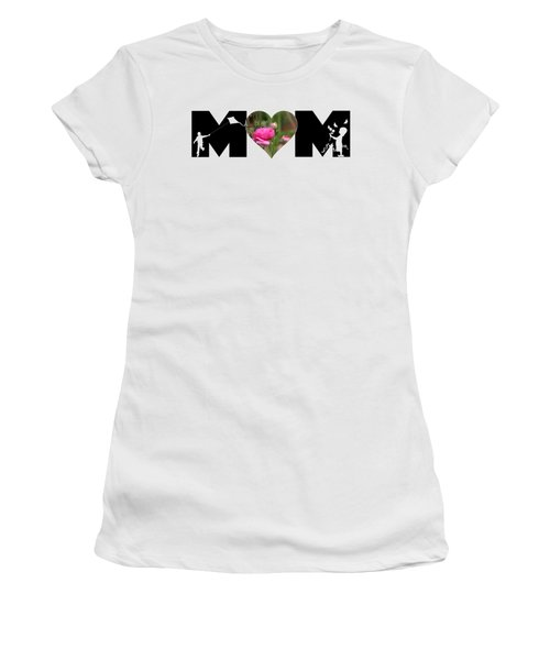 Boy And Girl-pink Ranunculus In Heart Mom Big Letter Women's T-Shirt