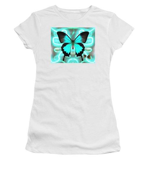 Butterfly Patterns 22 Women's T-Shirt
