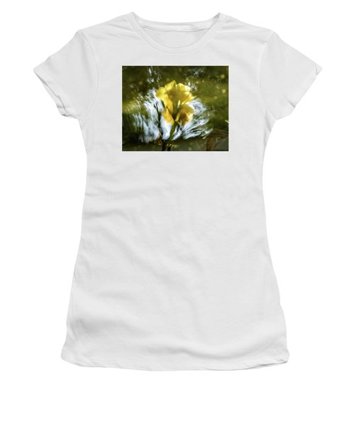 Canna Lily 3 Women's T-Shirt