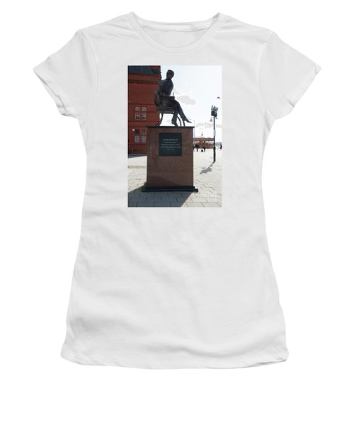 Cardiff Photo 9 Women's T-Shirt