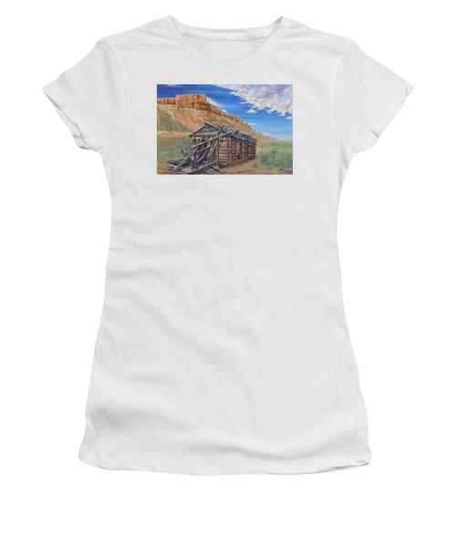 Colorado Prarie Cabin Women's T-Shirt