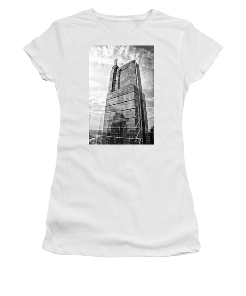 Women's T-Shirt featuring the photograph Comcast Technology Center - Philadelphia In Black And White by Bill Cannon