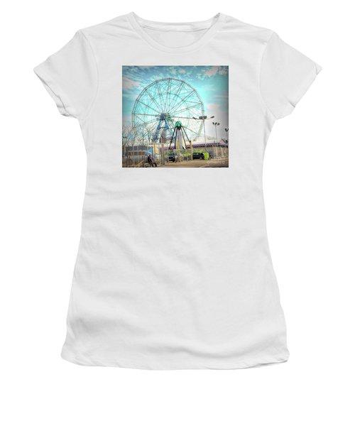 Coney Island Wonder Wheel Ny Women's T-Shirt