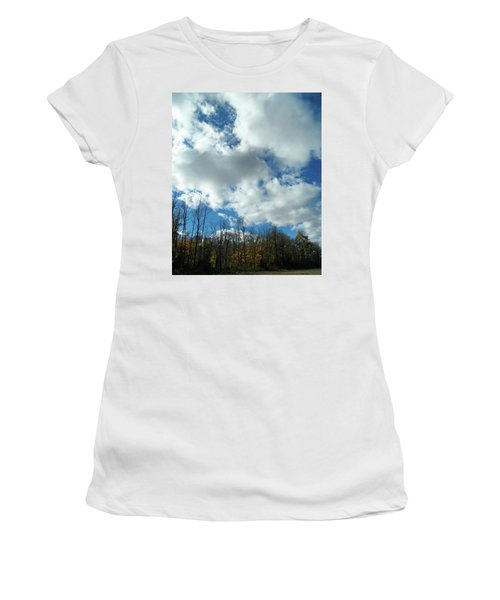 Country Autumn Curves 10 Women's T-Shirt