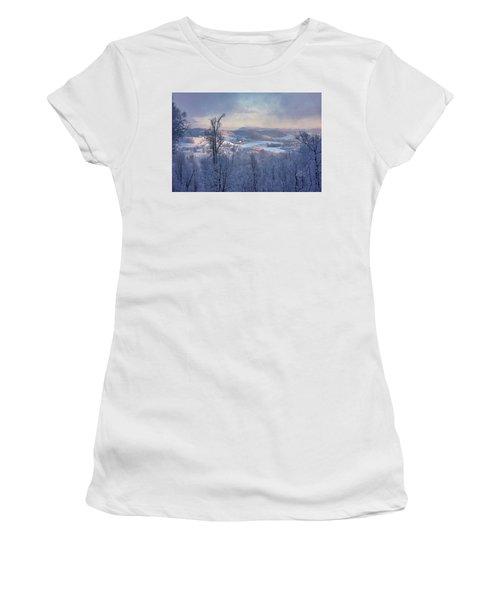 Deer Valley Winter View Women's T-Shirt
