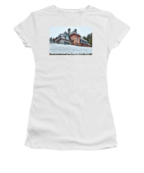 El Messidor Residence In Villa La Angostura Women's T-Shirt