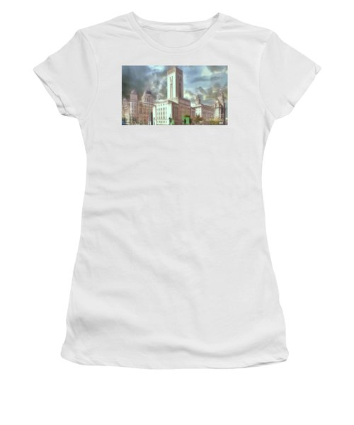 Women's T-Shirt featuring the photograph Full Of Grace by Leigh Kemp
