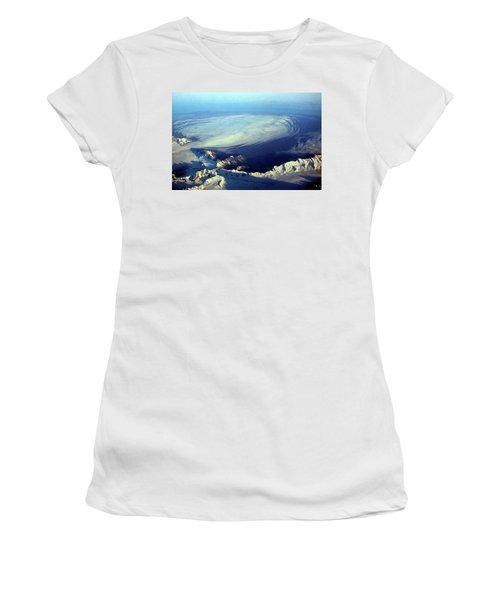 Glacier Pushes Out Women's T-Shirt