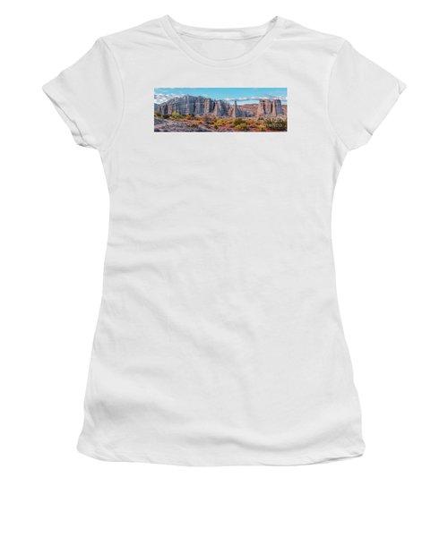 Golden Hour Fall Panorama Of Plaza Blanca - Abiquiu Rio Arriba County New Mexico Women's T-Shirt