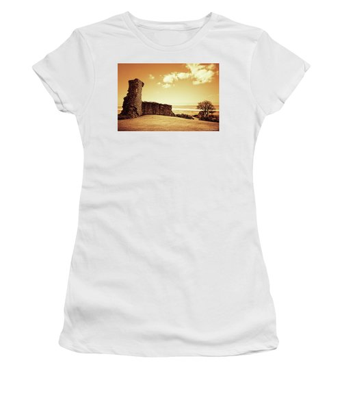 Hadleigh Castle Women's T-Shirt