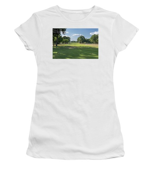 Hole #4 Women's T-Shirt (Athletic Fit)