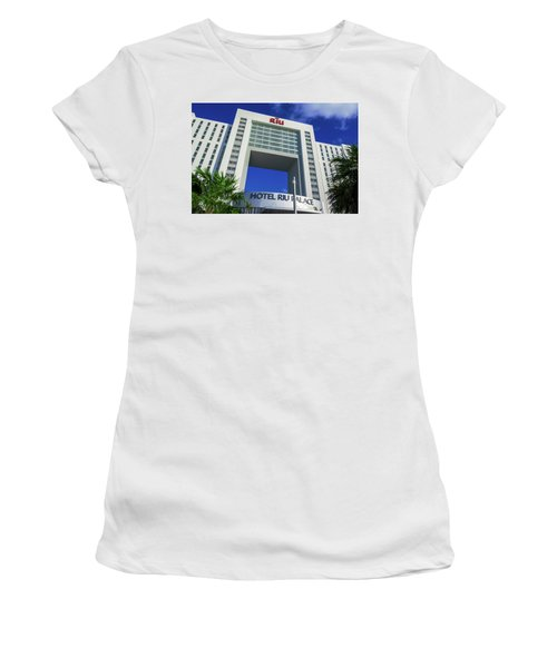 Hotel Riu Palace In Cancun Women's T-Shirt