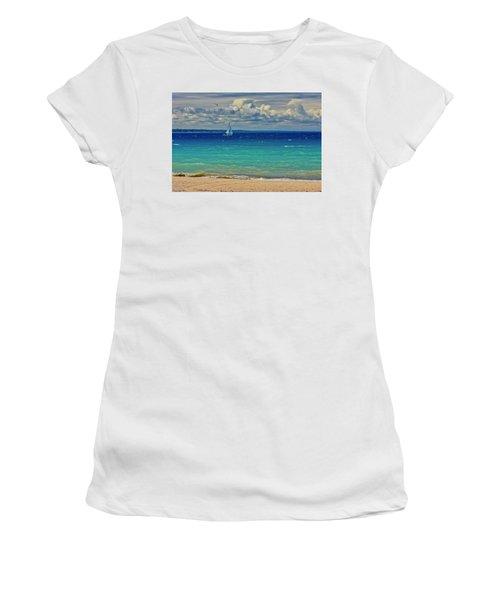 Lake Huron Sailboat Women's T-Shirt (Athletic Fit)