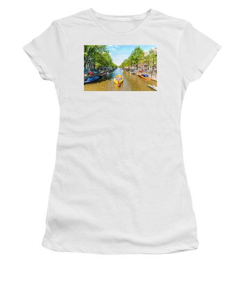 Lazy Sunday On The Canal Women's T-Shirt