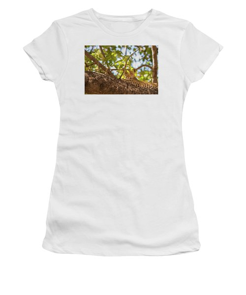 Women's T-Shirt featuring the photograph LC9 by Joshua Able's Wildlife