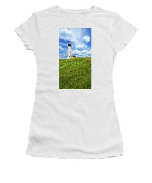 Lighthouse On  Yaquina Head  Women's T-Shirt