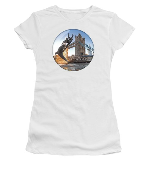 Lost In A Daydream - Floating On The Thames Women's T-Shirt
