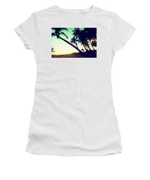 Morning Gaze Women's T-Shirt