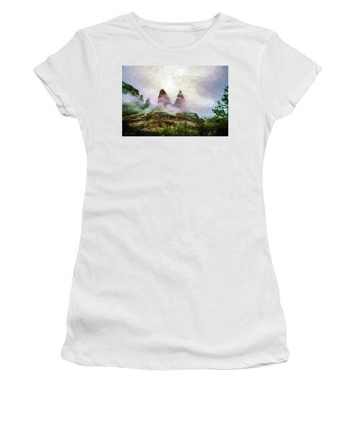 Nuns Formation 04-303 Women's T-Shirt